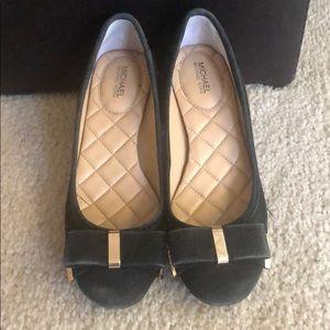 Sued pumps with block heels
